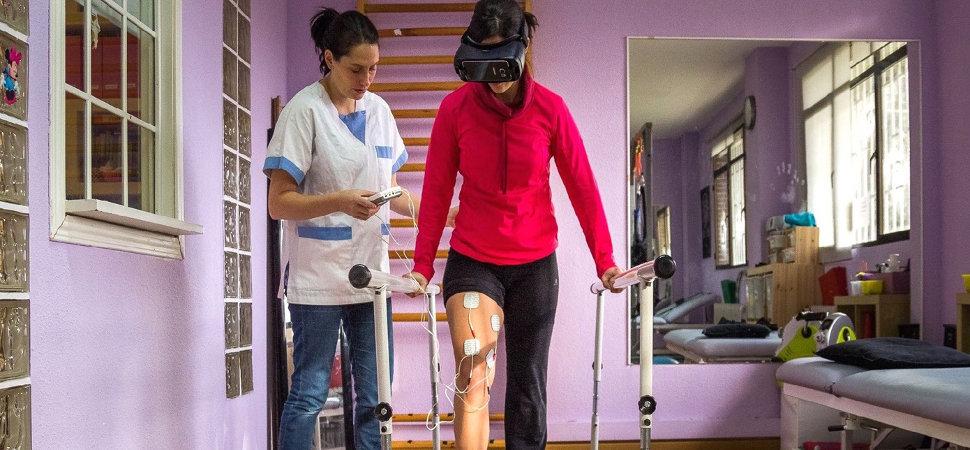 La mujer que está consiguiendo que sus pacientes vuelvan a andar usando la realidad virtual