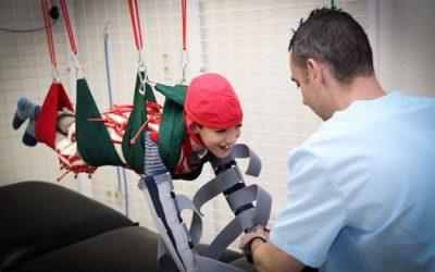 Más de 50 niños con diferentes patologías mejoran la movilidad motora gracias a una novedosa técnica