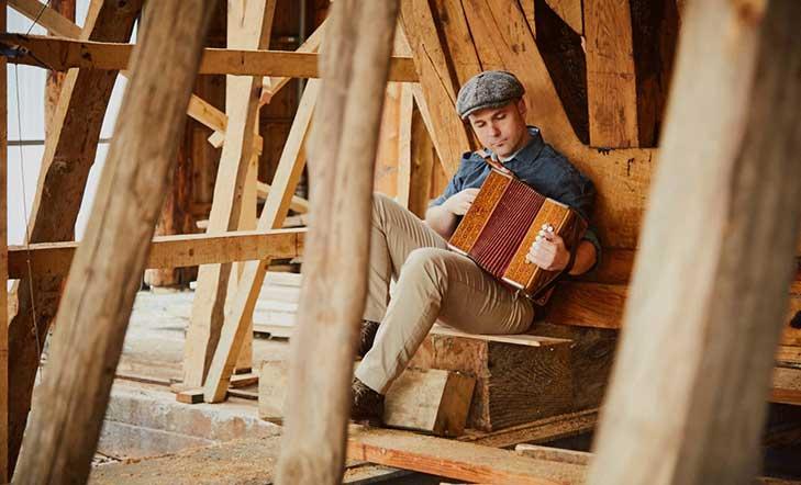VII Festival Solidario Aintzina Folk: Más de 25 actividades llenarán Vitoria-Gasteiz