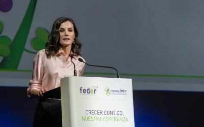 SM la Reina: «Querría reconocer el trabajo de todas las asociaciones que integran FEDER»
